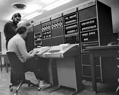 richie-n-thompson-pdp-11